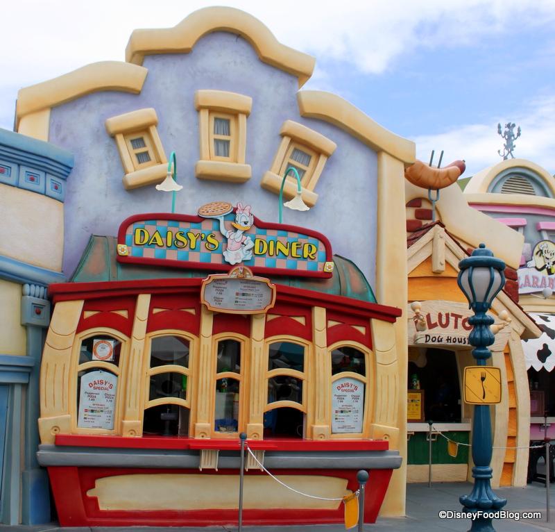 Mickey S Toontown Restaurant Tour At Disneyland