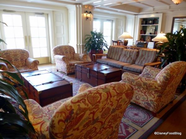 The Belle Vue Lounge in Disney's BoardWalk Inn