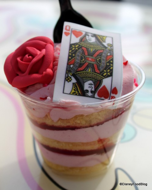 Queen of Hearts Strawberry Shortcake Cake Cup