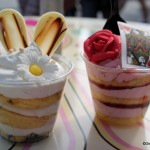 Review: White Chocolate Rabbit and Queen of Hearts Gourmet Cake Cups at Cheshire Cafe!