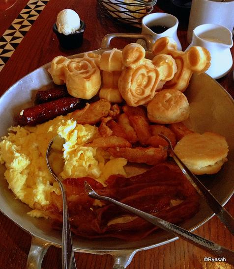 Breakfast Skillet at 'Ohana