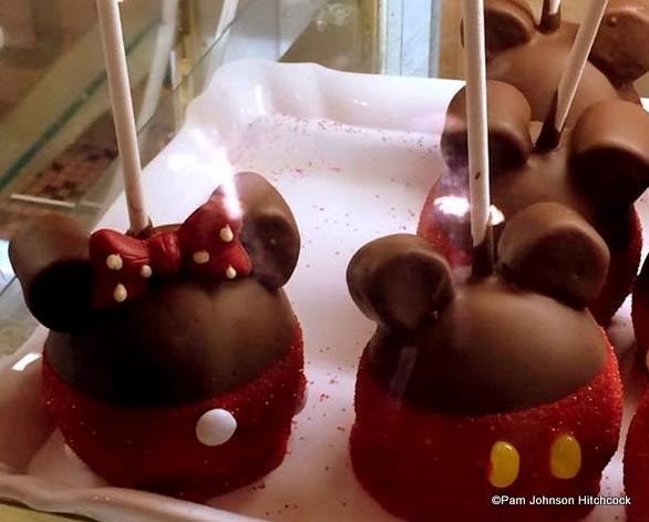 Gorgeous candy apples from Disney