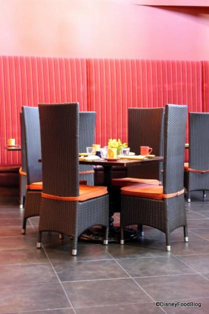Las Ventanas Table