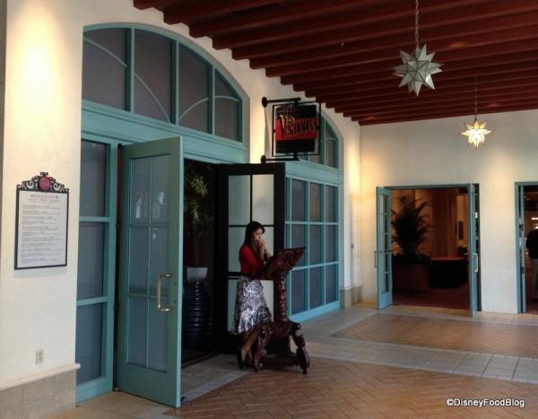 Las Ventanas entry