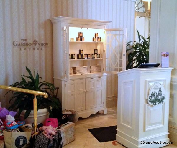 hostess stand Garden View Lounge