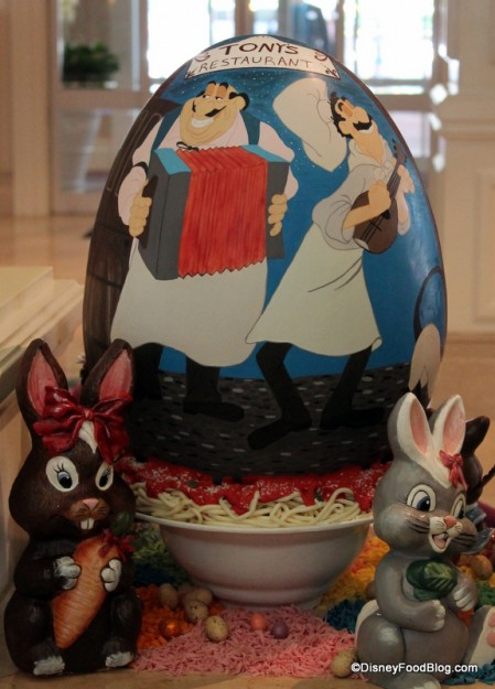 """Back of """"Lady and the Tramp"""" Egg"""