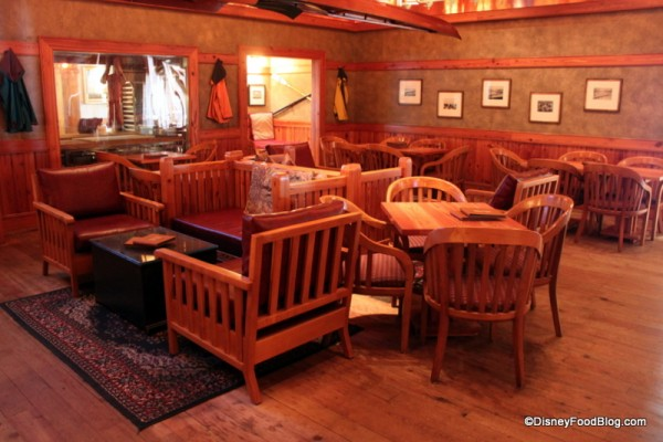 Crew's Cup Lounge Atmosphere