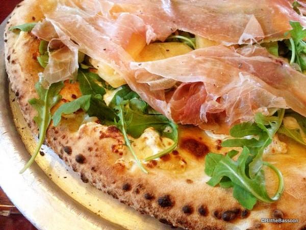 Pizza Prosciutto e Melone  from Via Napoli
