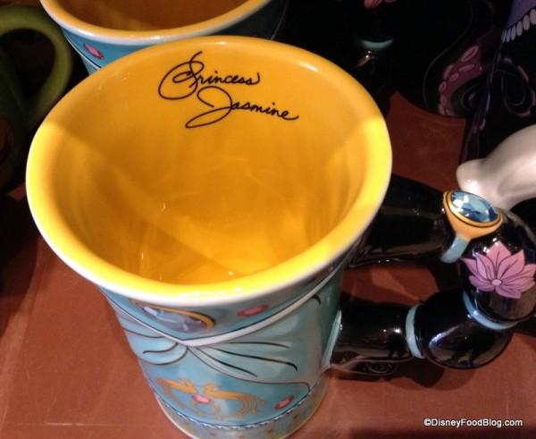 Signature in Jasmine Mug