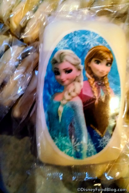 Anna and Elsa Cookie