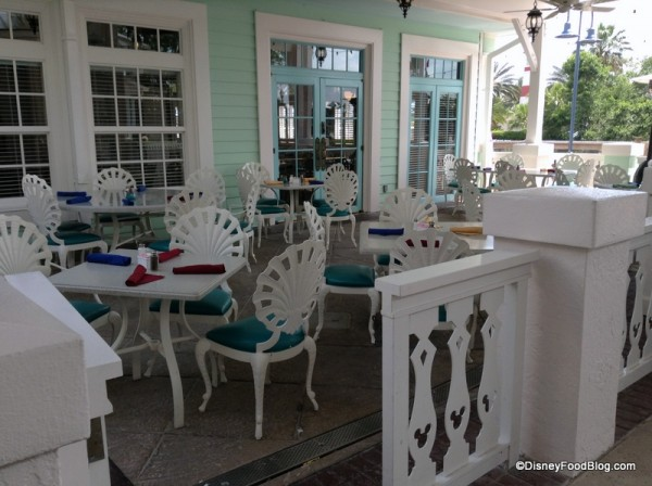 Outdoor Seating at Olivia's
