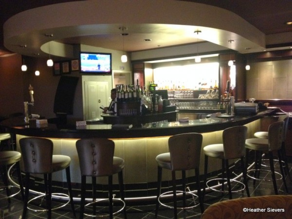 Full Bar with Seating AND a TV