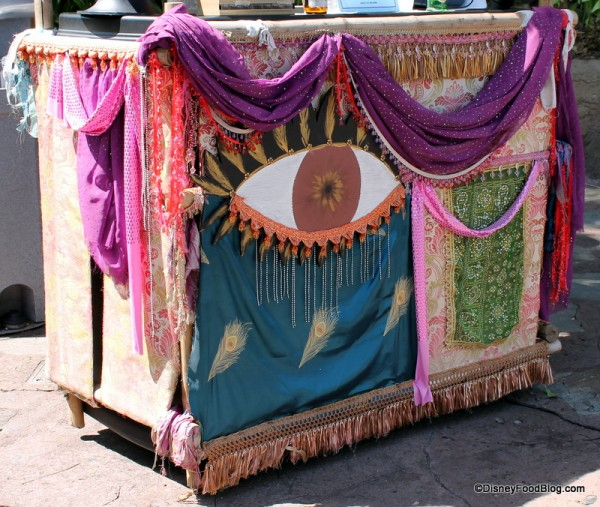 Cloth decorations