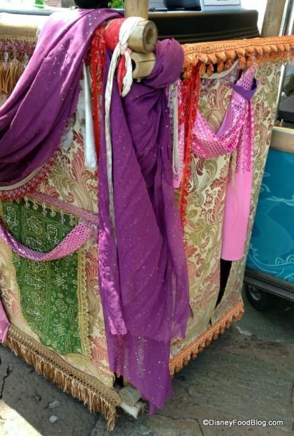 Vibrant cloth