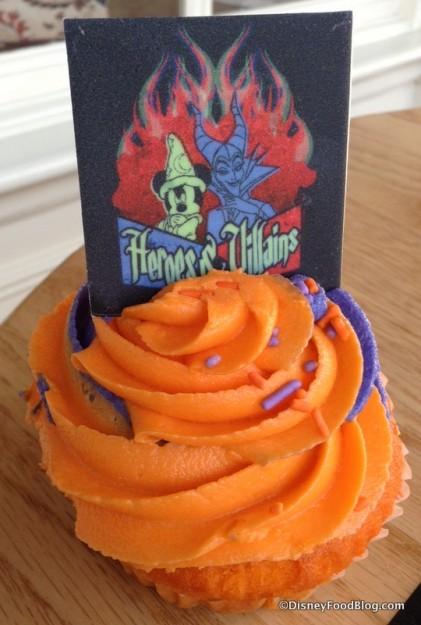 Disney Side Cupcake