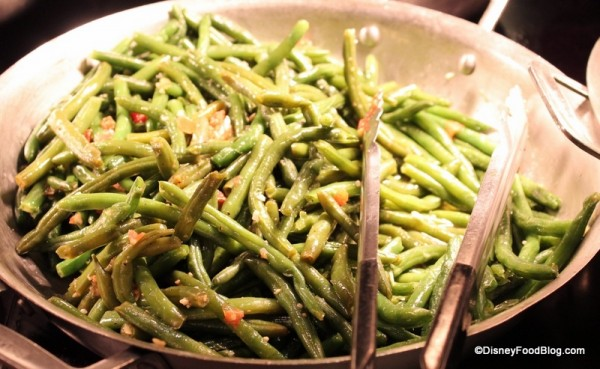 Greedo's Green Beans with Garlic and Tomato