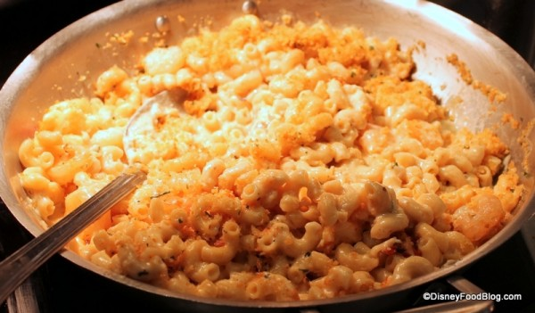 Lando's Lobster and Shrimp Macaroni and Cheese