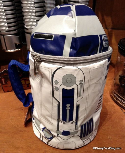 R2-D2 lunch bag side view