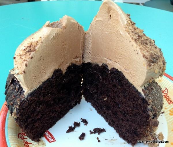 Inside of Yoda cupcake