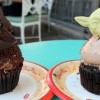 Review: Star Wars Weekends Darth Vader and Yoda Cupcakes