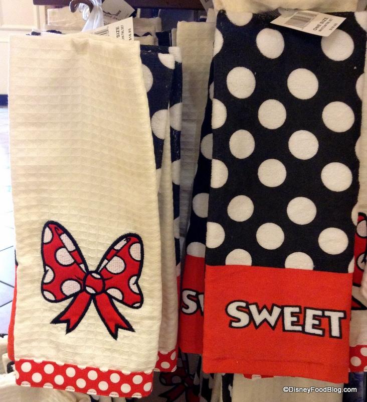 mickey and minnie dish towels | the disney food blog