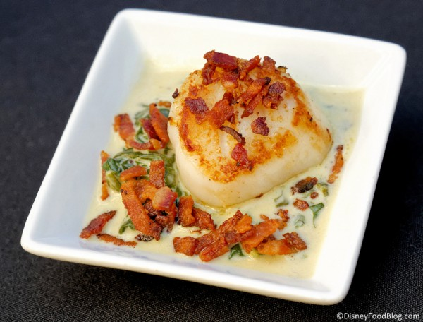 Sea Scallop with Spinach Cheddar Gratin and Crispy Bacon