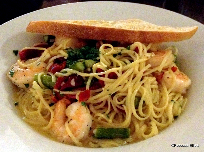 Shrimp Scampi with Sun Dried Tomatoes & Asparagus