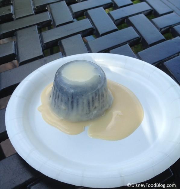 Warm chocolate pudding with Kerrygold Irish Cream Liqueur Custard