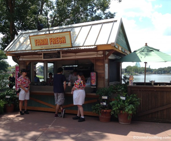 2014 Farm Fresh marketplace booth
