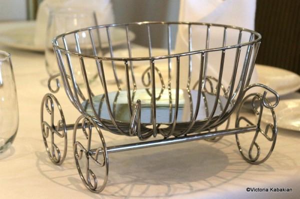 Cinderella's carriage bread basket