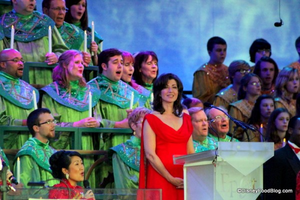 Amy Grant narrating 2013 Candlelight Processional