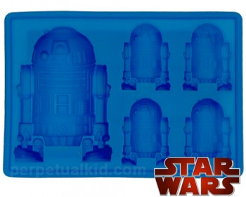 Chill with cool R2D2 cubes!