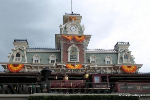 Magic Kingdom autumn decorations