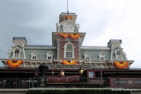 Magic Kingdom autumn decorations