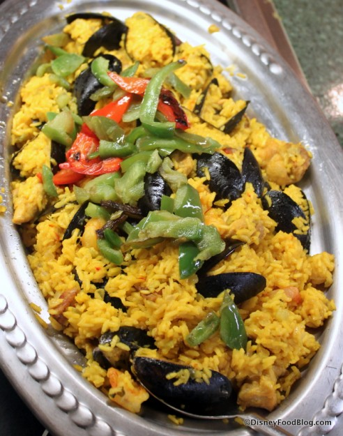 Paella with Shrimp, Mussels, and Chicken