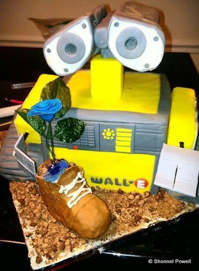 Wall-E Cake