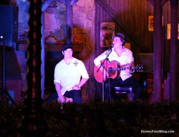 Acoustic duo