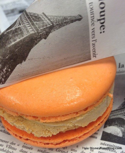 Artisan des Glaces Pumpkin Spice Macaron Sandwich