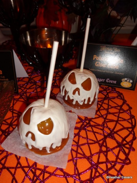 """Poison"" Caramel Apples"