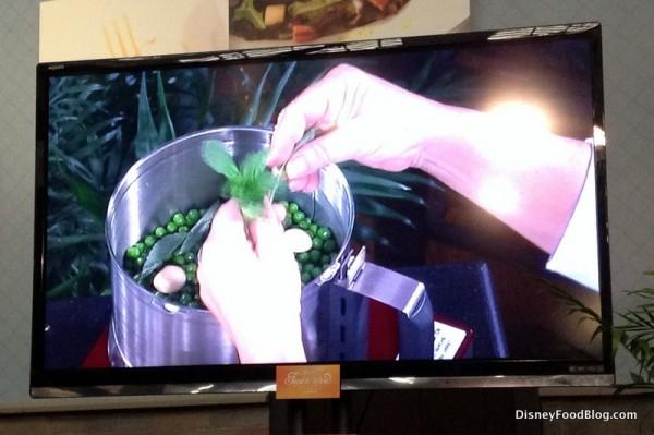 Making Pea and Garlic Dip