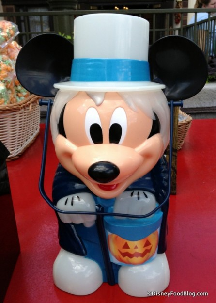 Mickey Hatbox Ghost