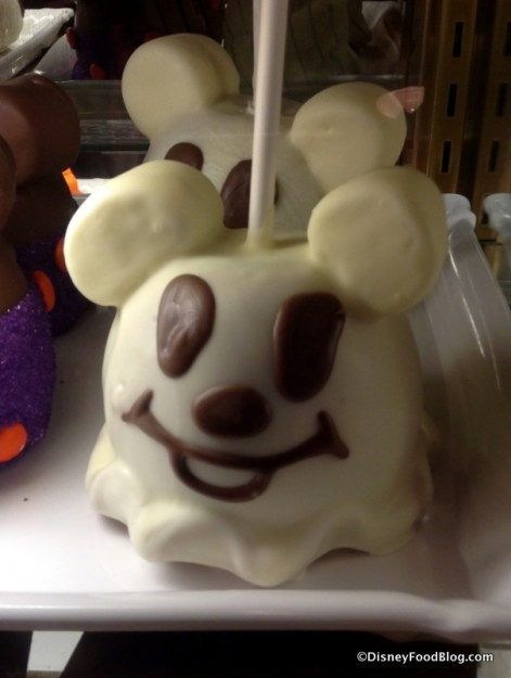 Mickey Ghost candy apple