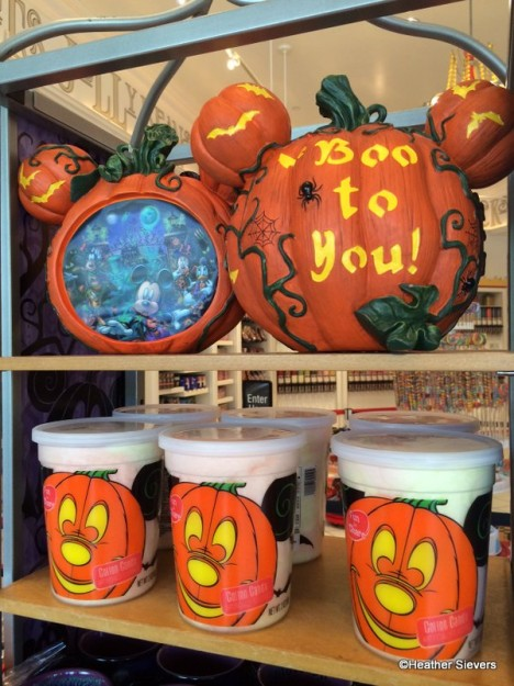 Mickey Halloween Decor & Boxed Cotton Candy