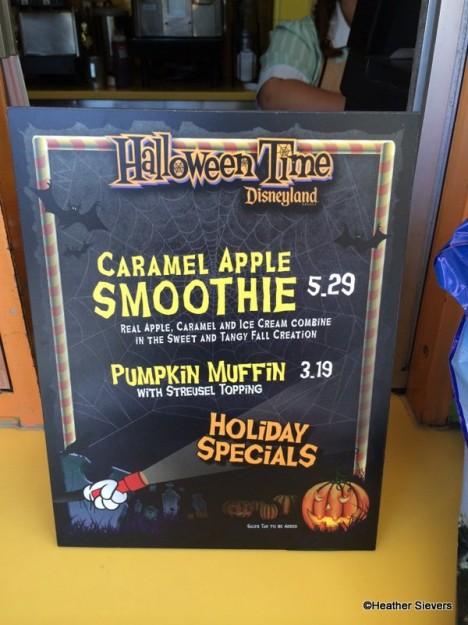 Caramel Apple Smoothie & Pumpkin Muffin Signage