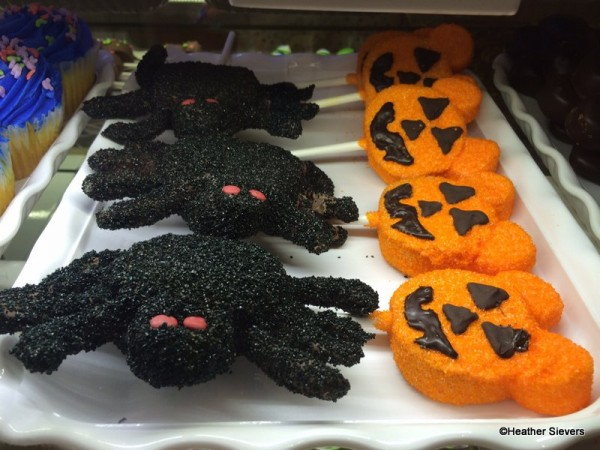 Spider & Mickey Jack o' Lantern Cake Pops