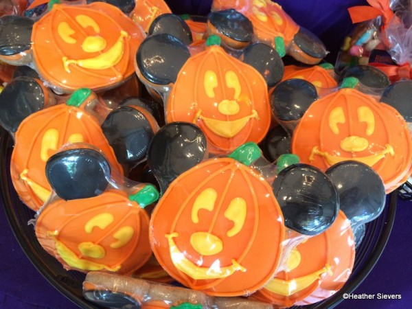 Mickey Pumpkin Cookies