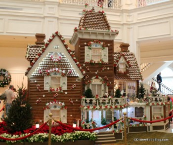 Life-size Gingerbread House at the Grand Floridian Resort!