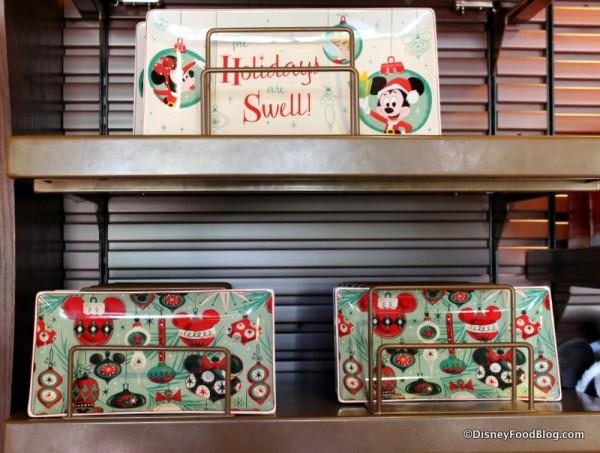 Large and Medium Holiday trays