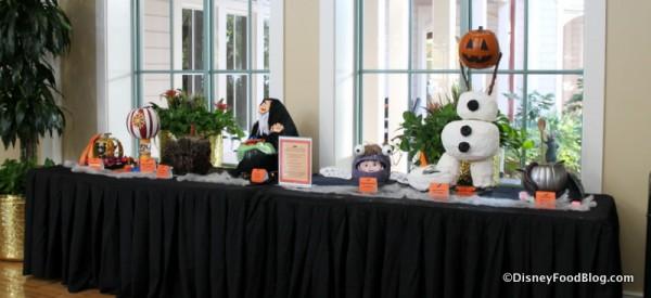 Port Orleans -- Riverside pumpkin contest display