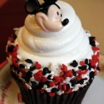 Snack Series: Mickey Cupcake at Contempo Cafe in Disney's Contemporary Resort